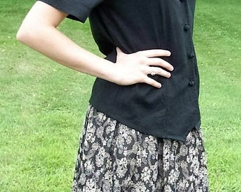 Vintage Ladies Black & Gray Damask Skirt Cloak of Many Colors by Liberty Lucrezia  Size 8 Only 11 USD