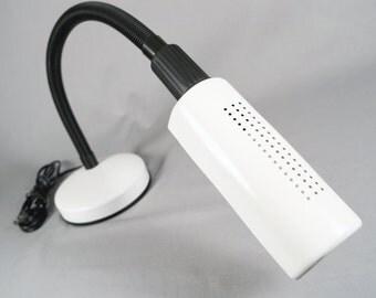 Veneta Lumi, Italian Gooseneck Desk Lamp or Task Lamp, white, excellent condition