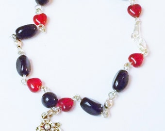 And Then There Were None - Pro-Life bracelet in red and black Czech glass - Support Abby Johnson's new ministry