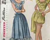 """Vintage 1940s Simplicity Misses' Dress and Three-Piece Play Suit Pattern 2445 Size 15 (33"""" Bust)"""