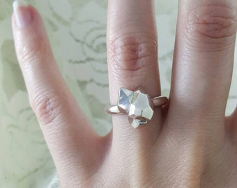 Geometric Ring in sterling silver, silver abstract ring, unique silver ring, asymmetrical ring, silver geometric ring, abstract ring silver