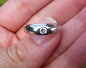 Custom made heavy platinum ring  17 points   Could be a man's or women's ring  Really nicely made
