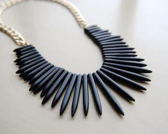 Howlite Spike Collar -- Bohemaian Neckpiece -- Stone Spike Necklace -- Spike Jewelry -- Handmade -- Howlite Jewelry