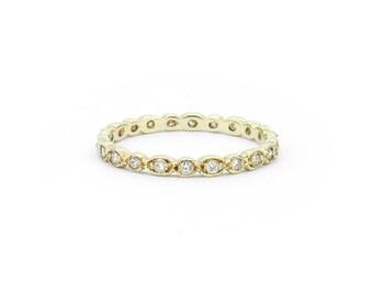 The Dainty Diamond Ring - 18ct Gold Diamond Wedding Band