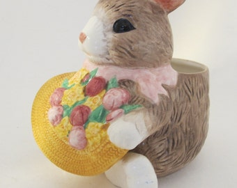 Vintage 90s ceramic bunny planter