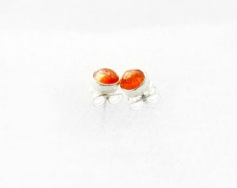 Tiny Sunstone Studs in Silver