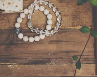 Neutral Set of 2 // Stretch Gemstone Bracelets // Natural Riverstone and Clear Quartz Gemstone Bracelets // Cream and Clear