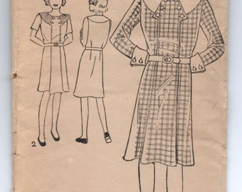 """1930's Excella One-Piece Dress, Large Collar with Button detail Pattern - Bust 28"""" - No. E4764"""