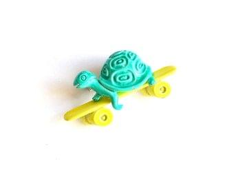 Vintage Turtle on Skateboard Brooch Pin