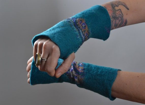 Wool Felted Arm Warmers - Felted Arm Warmers - Wool Gloves - Long Gloves - Gift for her - Winter Accessories