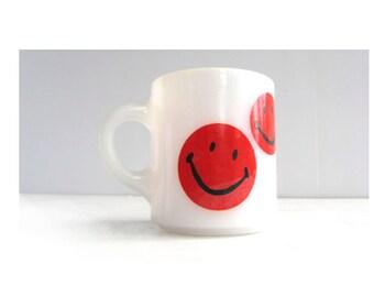 Mid Century Modern Red Smiley Face Milk Glass Mug