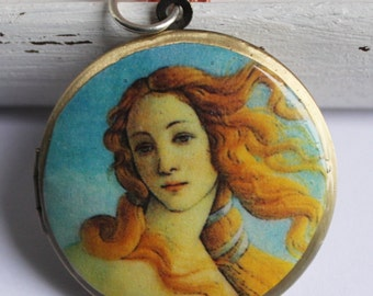 Brass photo locket necklace - vintage style - Botticelli