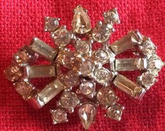 Vintage Sparkling Rhinestone Brooch Pin