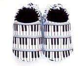 Piano Baby Boy Shoes, 0-6 mos Baby Boy Booties, Music Baby Boy, Baby Boy Gift, Soft Sole Baby Shoes, Baby Boy Shower Gift