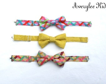Plaid Boys Bowties, Mustard Yellow Bow Tie, Toddler Bow Tie, Bowtie for Boys, Boys Clothing, Tie Accessories