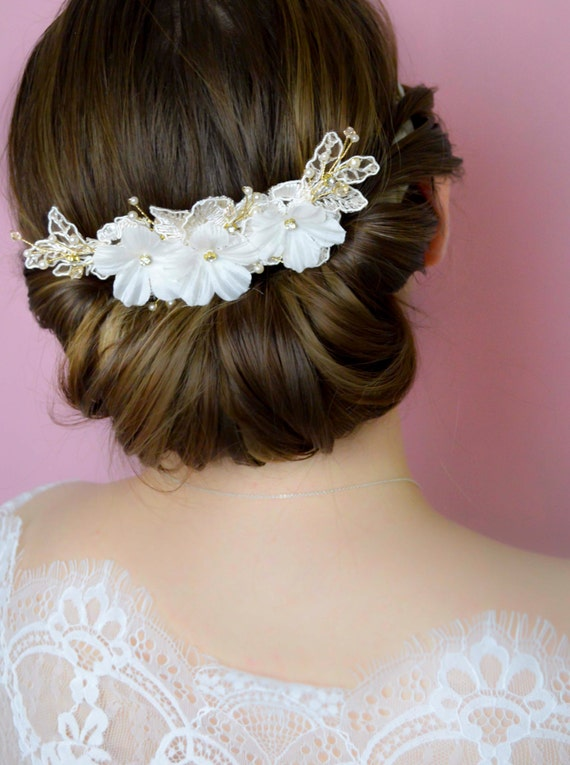 Bridal Hair Comb - Bridal Hairpiece - Lace Comb with Flowers & Crystals - Hair Jewelry - Wedding Hair Accessories - Ivory  Flowers