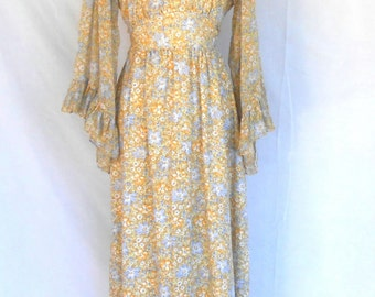 Vintage Floral Hippie Maxi Dress Flowing Boho Style