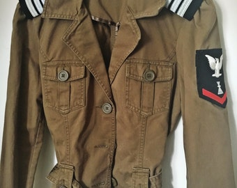 Upcycled Vintage Military Jacket with Official Military Patch and Shoulder Epaulettes
