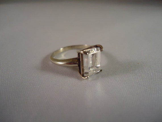 vintage white gold emerald cut 14 kt cubic zirconia solitaire
