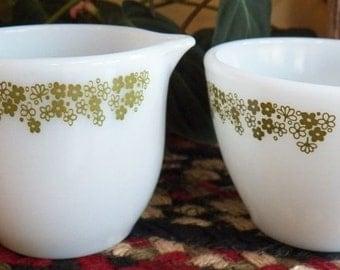 Vintage Pyrex White Milk Glass Corelle Crazy Daisy Creamer & Sugar Bowls EXC!!