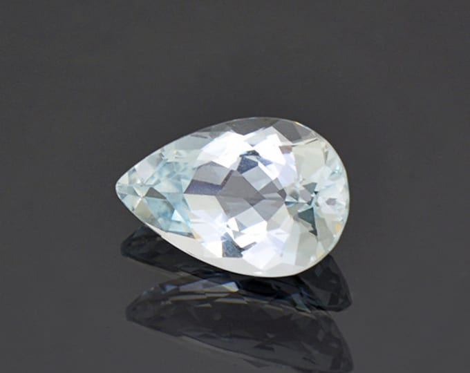 Beautiful Light Blue Aquamarine Gemstone from Brazil 4.78 cts