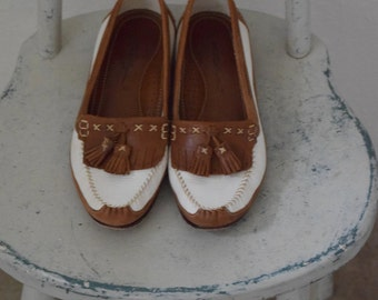 Classic 'Enzo Angiolini' White Leather and Brown Moccasin Style Slip on Loafers - Women's 8 to 9