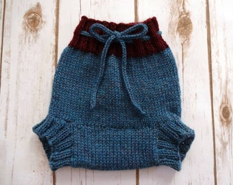 MEDIUM Wool Cloth Diaper Cover, Hand Knit Cloth Diaper Cover, Wool Soaker, Baby Boy, Baby Girl, Blue, Red, Newborn Photo Prop, Made in Maine