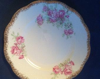 Beautiful vintage round dessert plate