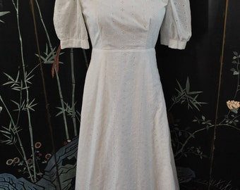 1970s White Eyelet Maxi Dress - Extra Small/ Small