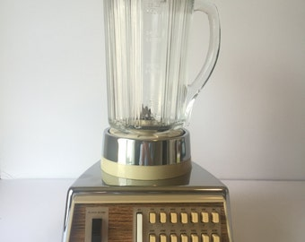 Vintage Waring Blender, Retro Barware, Chrome Gold Solid State Blender, Cream & Glass Blender, Vintage Kitchen, 1970's Kitchen