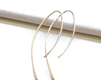 Minimalist arc shape earrings - gold filled or sterling silver. Everyday earrings, gift for her. Curved long earrings, Holiday gifts for her