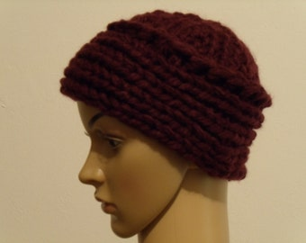 Thick Knit Beanie in Burgundy