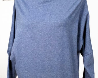 organic cotton shirt, with boat neck and bat-wing sleeves
