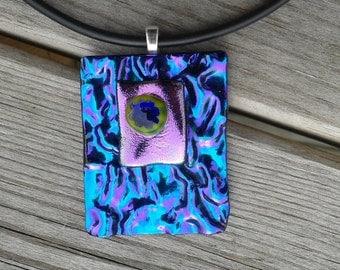 Dichoric glass pendant necklace.