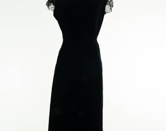 1950's Velvet Bombshell Wiggle Dress