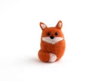 DIY Kit - Baby Fox Needle Felting Kit - Needle Felted Animal Kit