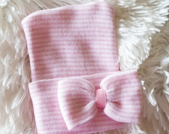 Smaller Bow Pink and White Hospital Newborn Beanie, Newborn's First Bow! Newborn Hat, Baby Girl Hospital Hat, Newborn Girl Hat