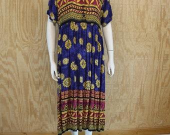 Vintage 1990's MAGIC Crinkle Rayon Batik Multi Hippie Boho Shift Dress M