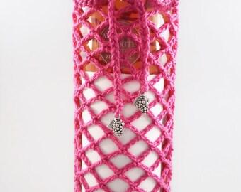 Wine Bag , Hostess Gift, Pink Wine Lover Gift, Pink Crocheted Wine Bag, Crocheted Wine Bag, Hostess Gift, Christmas Gift Bag, Gift Under 20