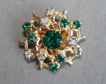 Vintage Coro Signed Emerald Green and Clear Rhinestone and Gold Tone Metal Brooch, Round, Prong Set Tiered