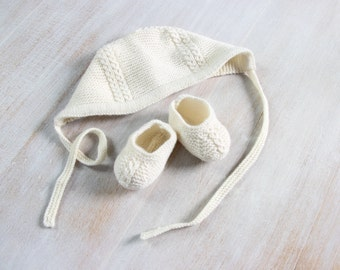 Baby Set / Knitting Instructions in English / PDF Instant Download / 3 Sizes : Newborn / 3 months / 6 months