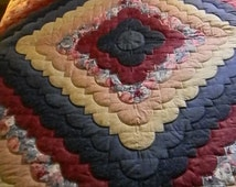 Lancaster County Amish Hand Quilted King Ocean Wave Quilt #174