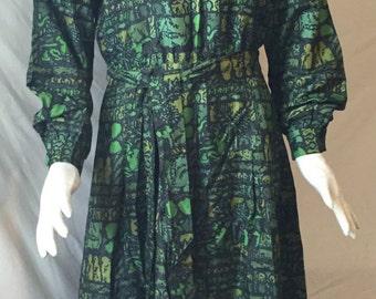 Vintage green silky dress 1950s 60s custom made 39-31-39 near mint!