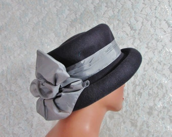 Womens Wool Bowler Hat, Free Shipping, Womens Vintage Boater Hat by Meril, Circa 1940