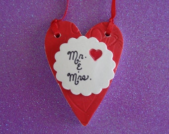 In LOVE Mr. & Mrs. Personalized wedding keepsake red heart salt dough ornament/favor/keyring/keychain