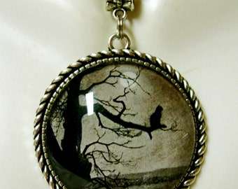 Steinlen cat on a limb pendant with chain - CAP25-004