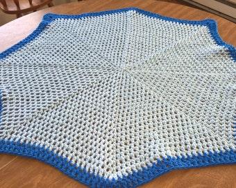 Soft & Curvy Baby Blanket!   Free Shipping!