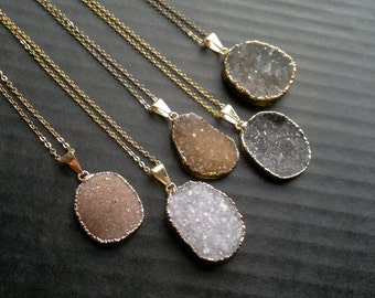 Oval Druzy Necklace Druzy Pendant Druzy Stone Druzy Jewelry Natural Color Druzy Boho Stone Necklace Gold Edged Druzy Jewelry Quartz Druzy