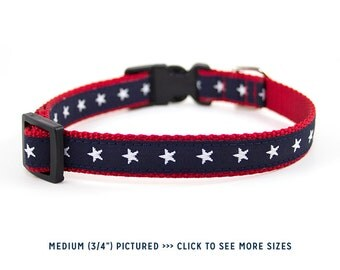 Patriotic Dog Collar // Size M-L // Adjustable Length // Pattern: White Stars on Navy and Red