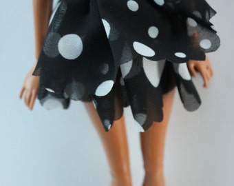 black and white poLkadot skirt (2)